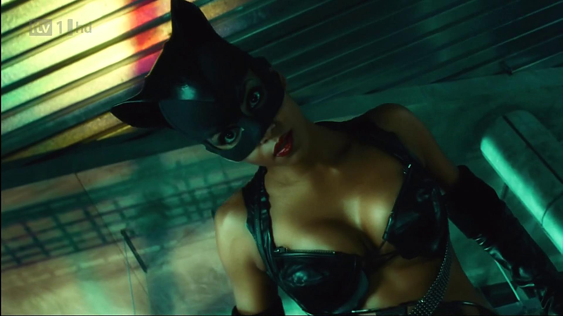 Catwoman halle berry sex lasbein cartoon toons