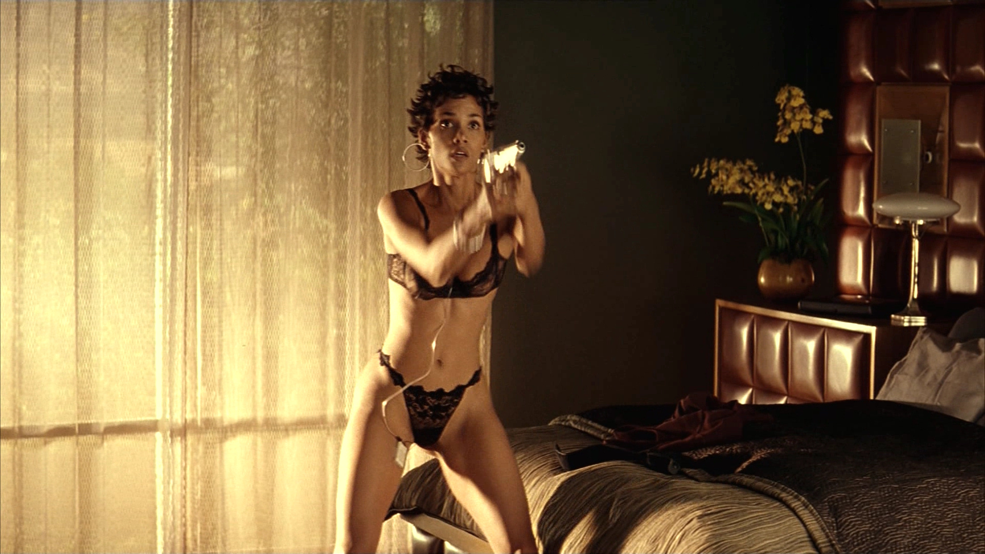 Halle berry porno clips sexy photo