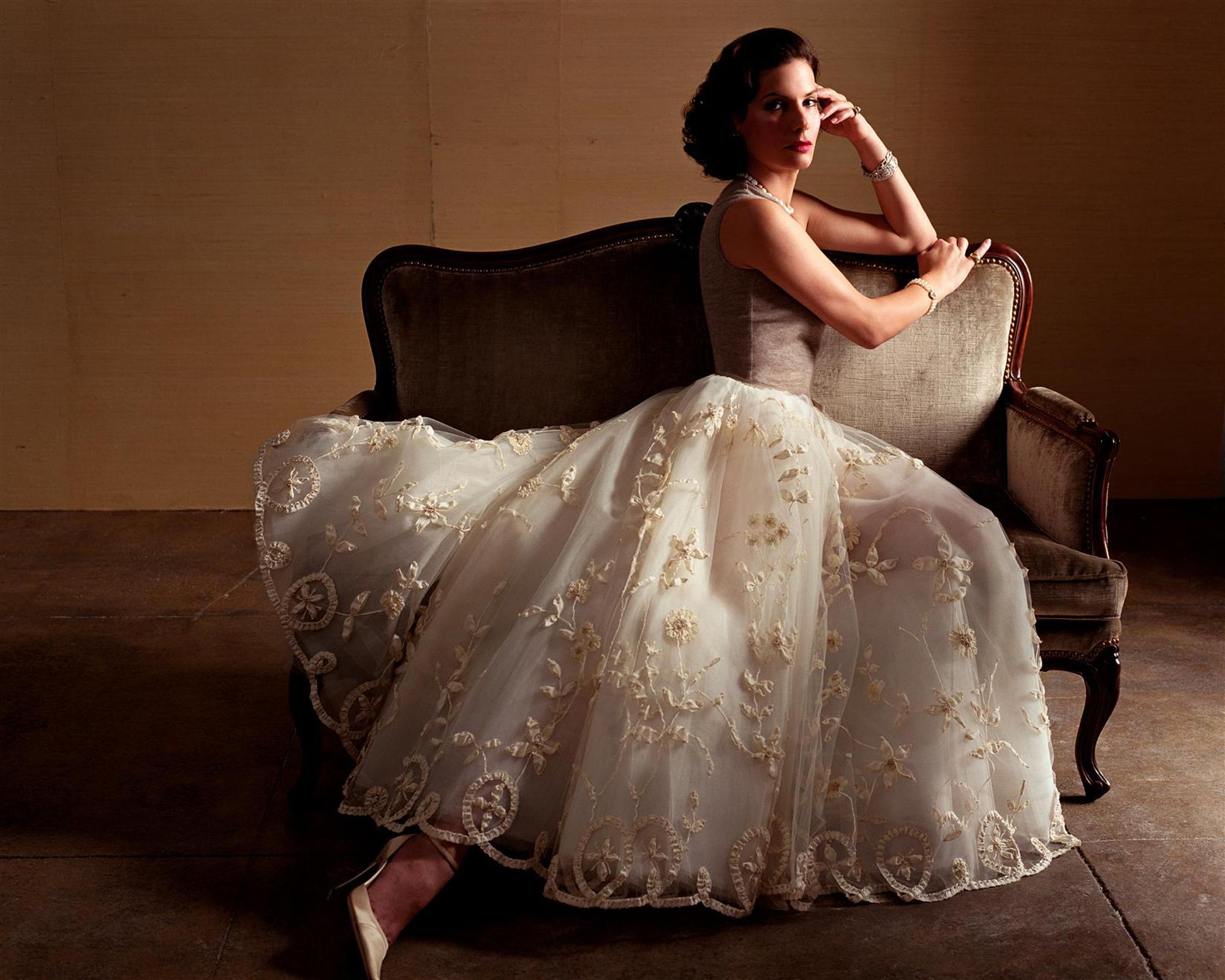 Фото женщин в пышных платьях