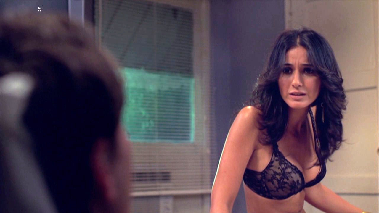 Carlotta champagne nude webcam amateur