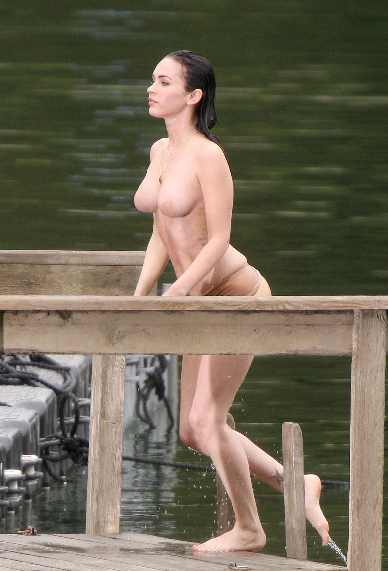 megan-foks-erotika-foto