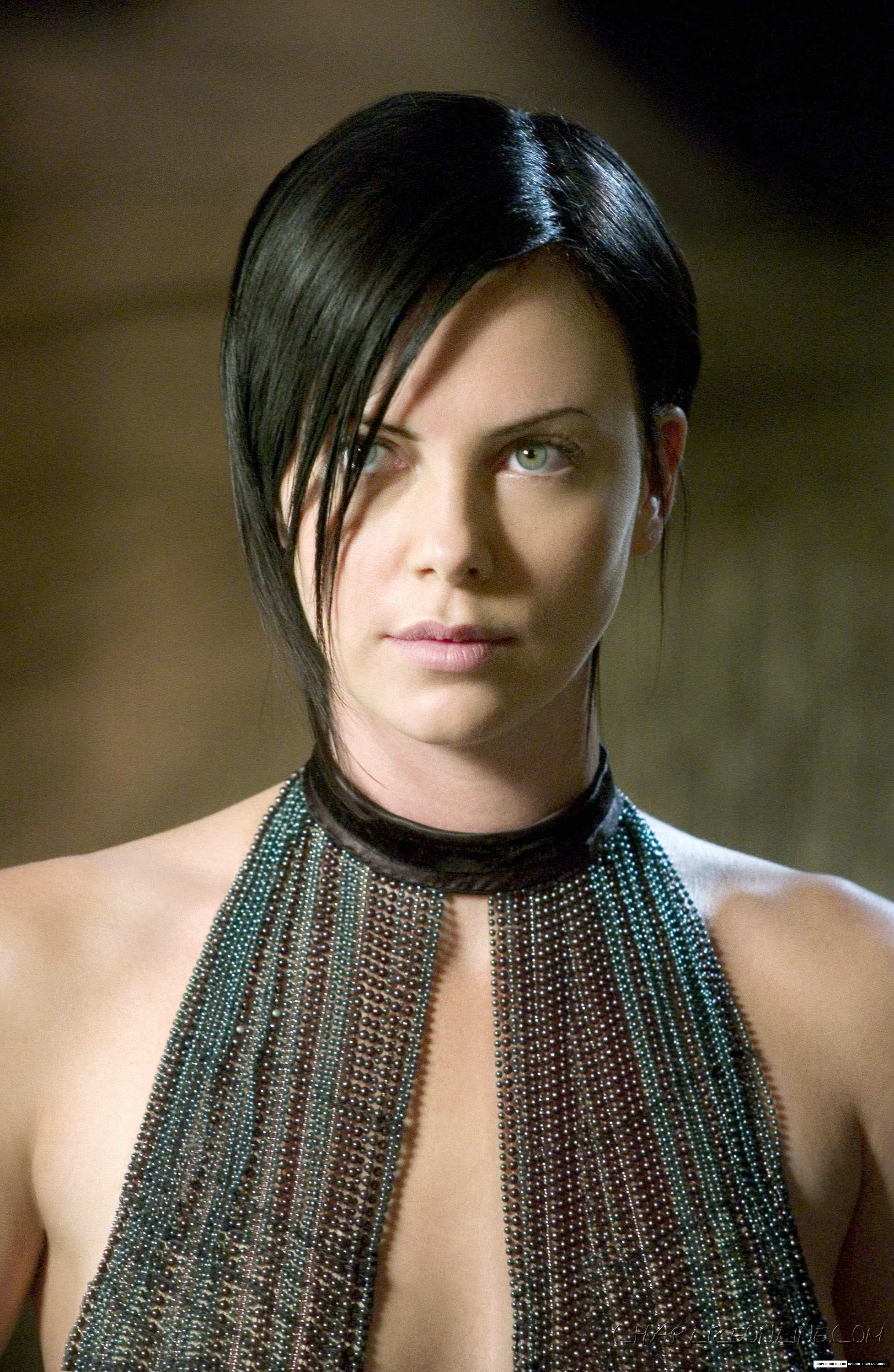 Pictures Of Aeon Flux Charlize Theron Haircut Kidskunstfo