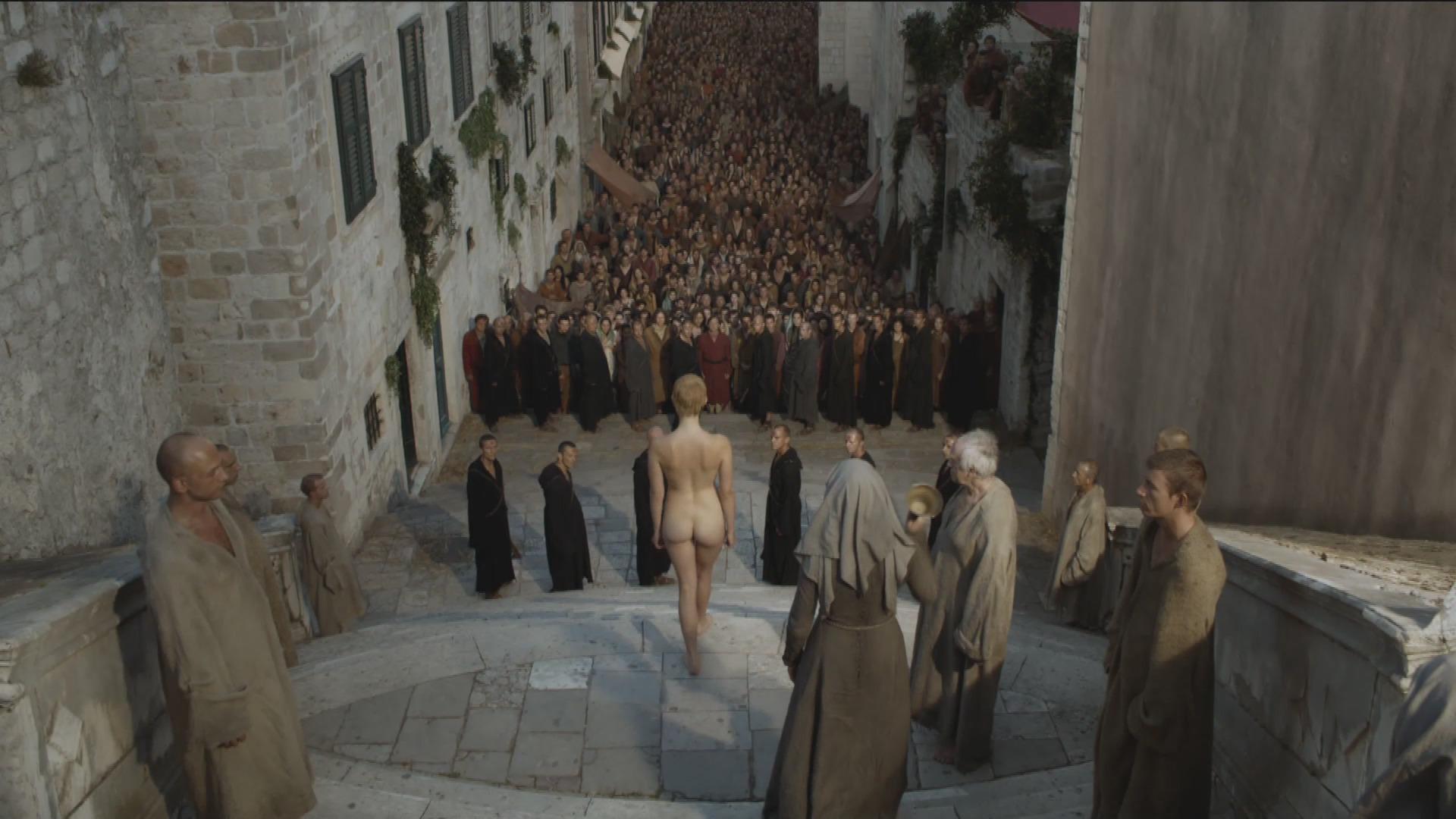 Почему зристианки одеваются как проститутки