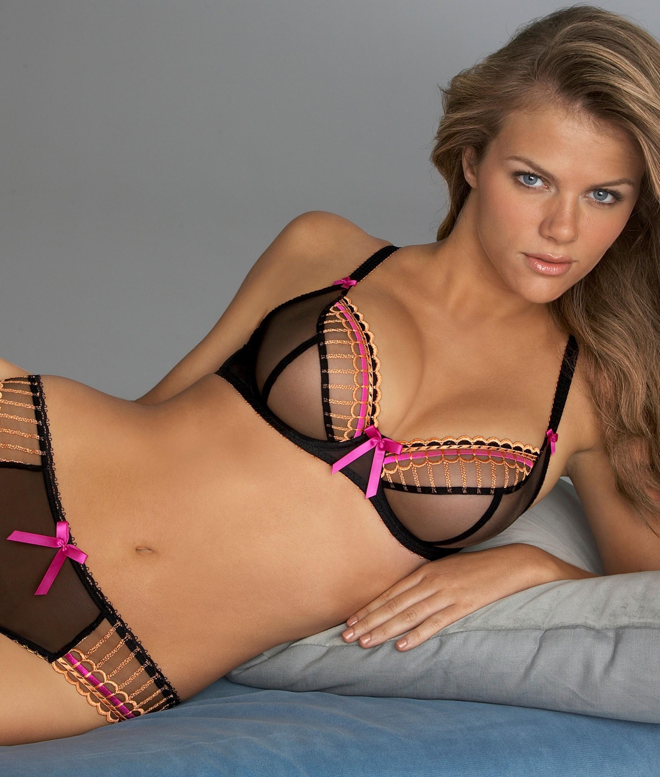 Самые сексеульные звёзды онлайн 16 фотография